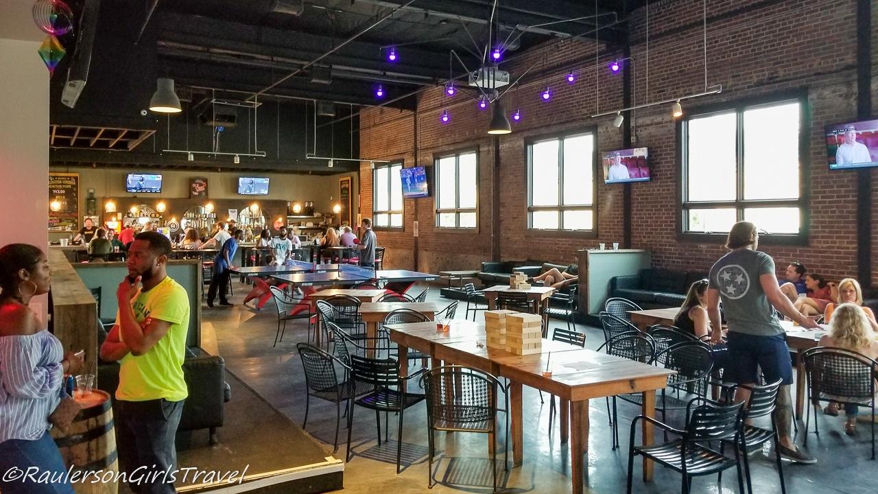 Railgarten bar interior