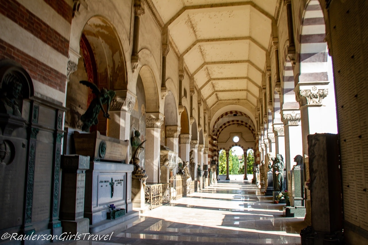 Hall of statues in Famedio - main building of Monumental Cemetery