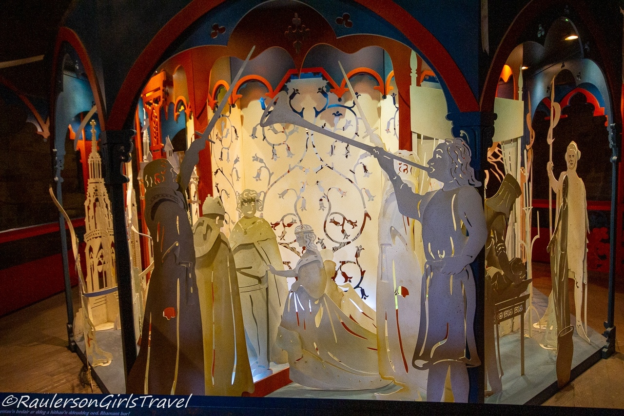Queen Eleanor Diorama - Getting married to Edward