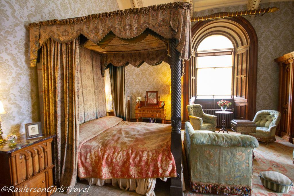 Ladies Bedroom