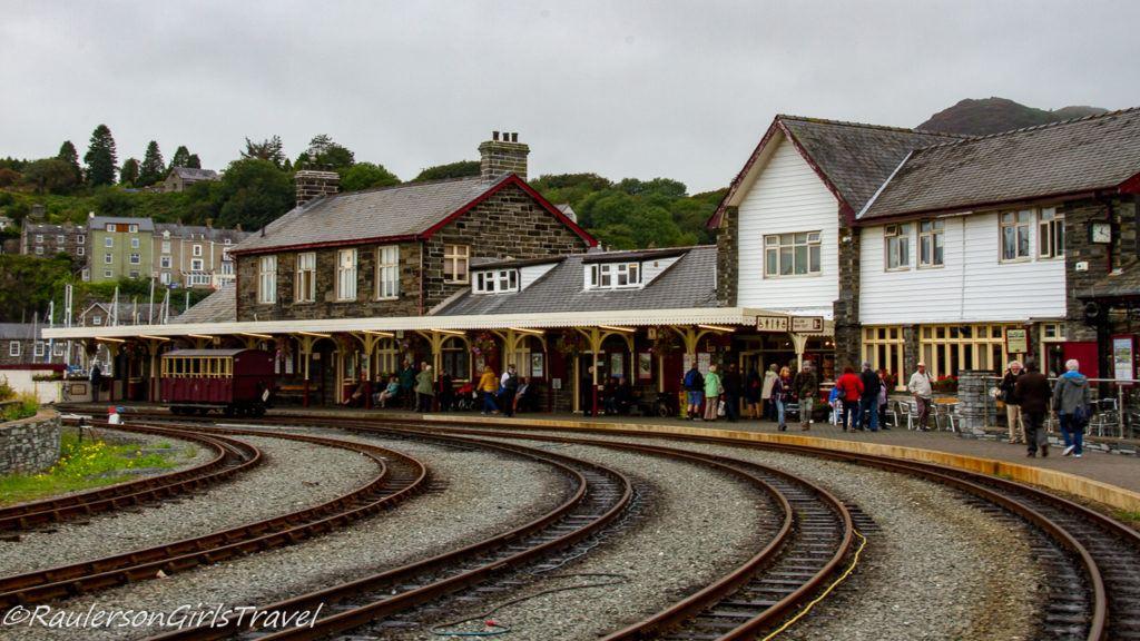 Porthmadog train station and tracks