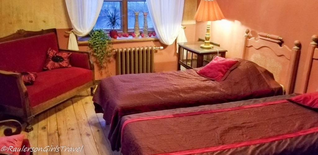Red Room in Abgunste Manor
