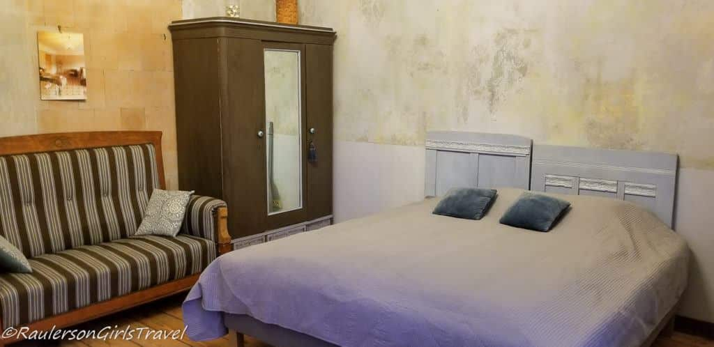 Gray Room in Abgunste Manor