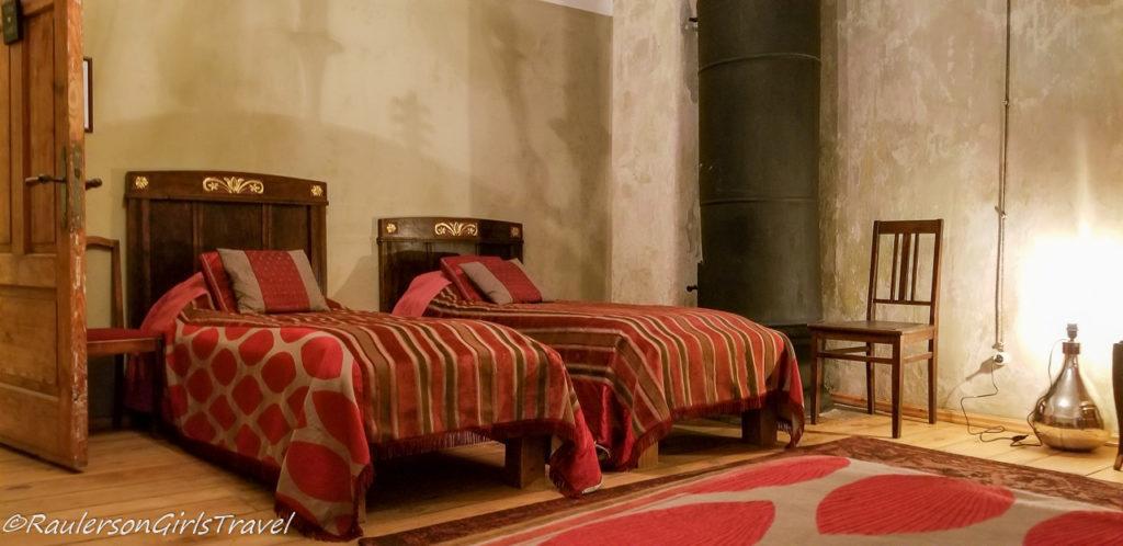 Red patterned Room in Abgunste Manor
