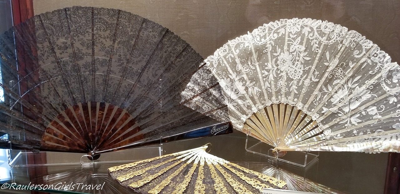 Black and White Lace Hand Fans