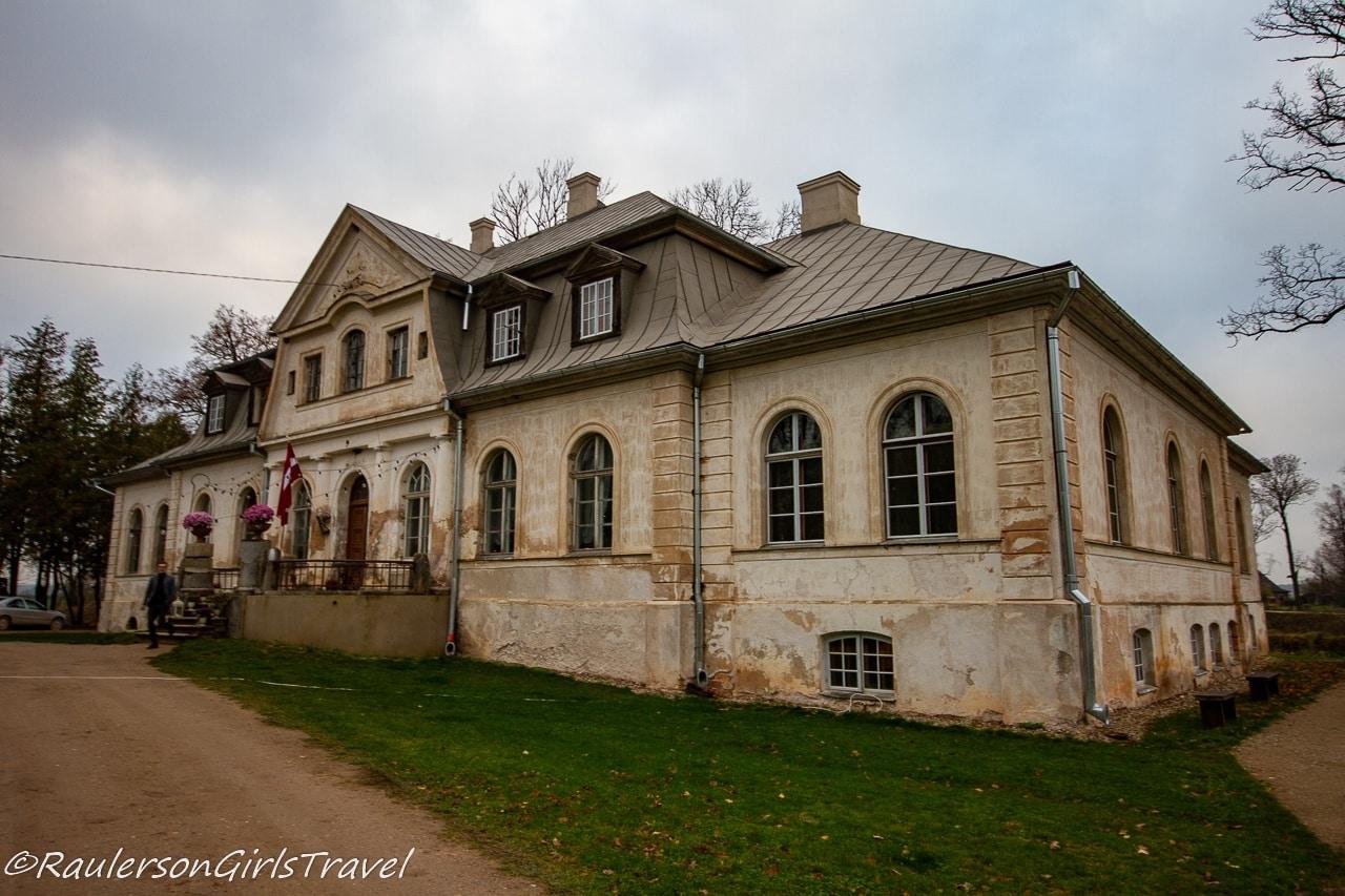 Abgunste Manor