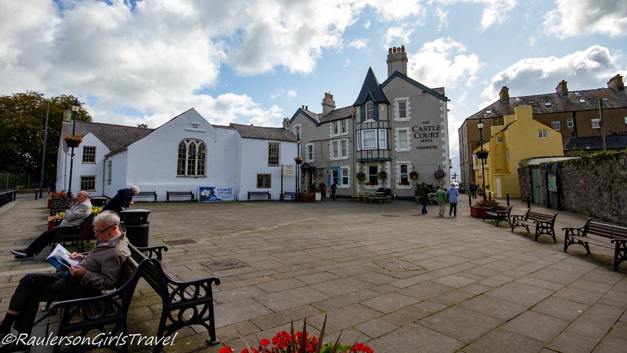 Beaumaris Town Square