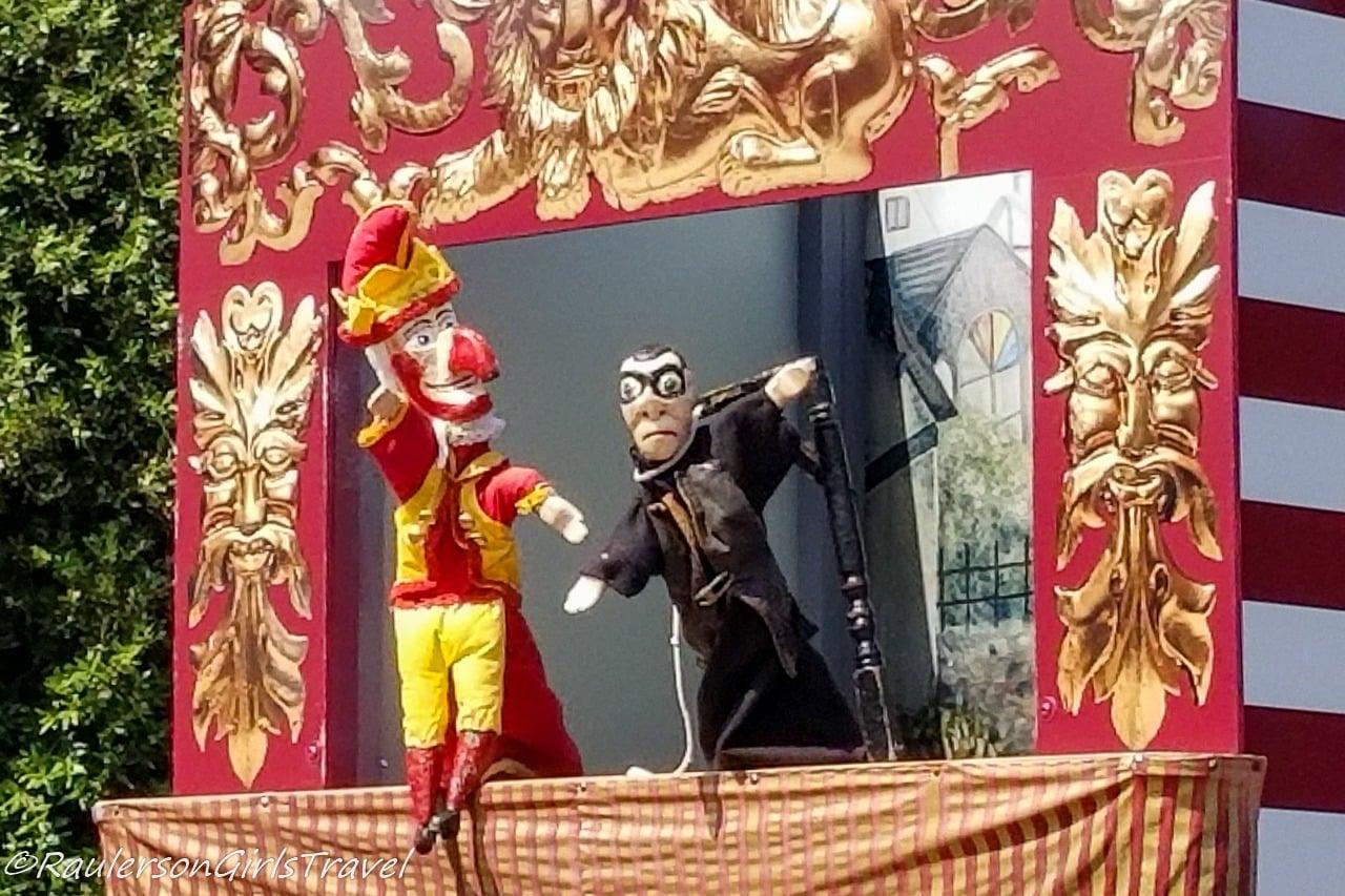 Punch and Judy Puppet Show on Llandudno Promenade