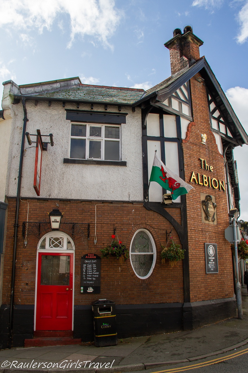 The Albion - Things to do in Conwy