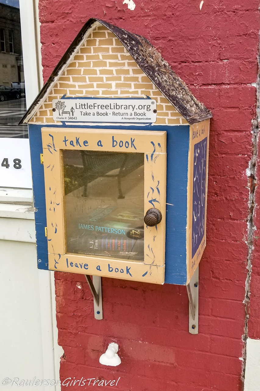 Little Free Library in Memphis