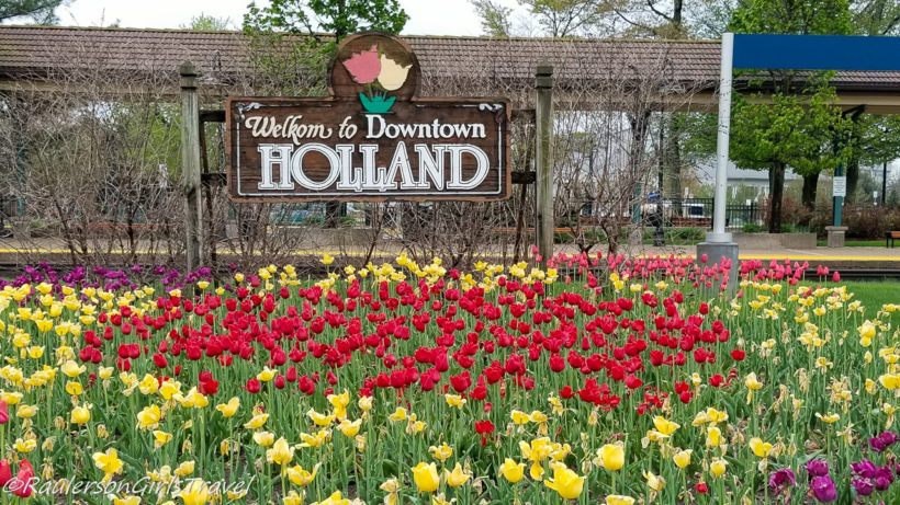 Holland, Michigan Welcome Sign