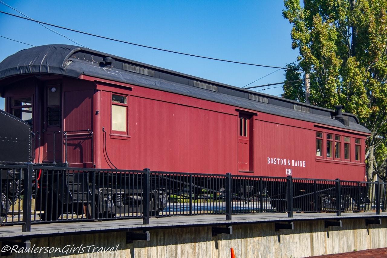 Boston & Maine Railroad steam locomotive No. 410 coach-baggage car