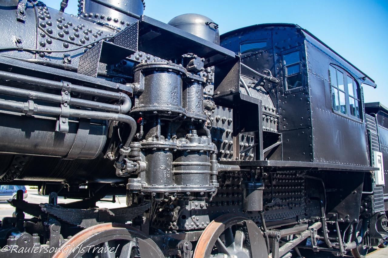 Close-up of the Boston & Maine Railroad steam locomotive No. 410 engine