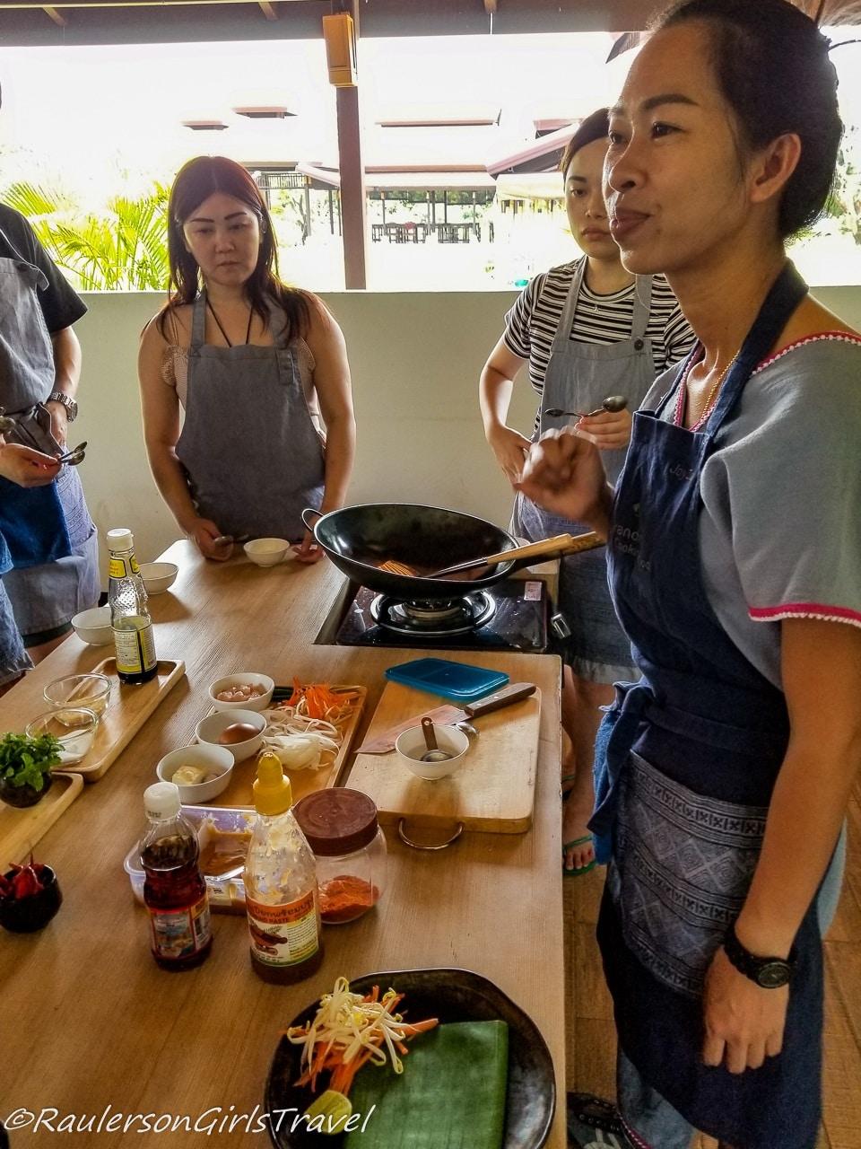 Joy teaching us how to make Pad Thai