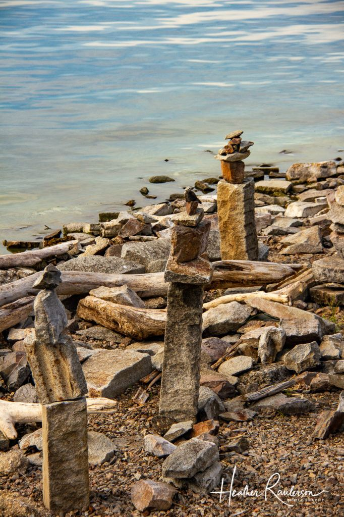 Cairns: Piles of rocks next to Lake Champlain