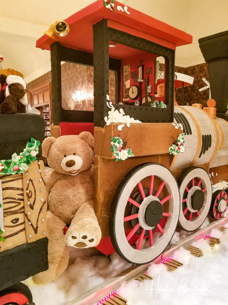 Teddy Bears on the Gingerbread Express